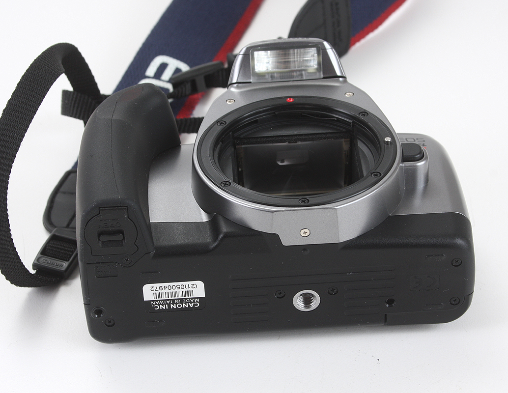 177317 CANON EOS REBEL S BLACK, 35-80/4-5.6 CANON EF, WITH INSTRUCTION BOOK  AND STRAP, WORKING BUT ONE SHUTTER BLADE IS BENT (APPEARS REASONABLY  LIGHT-TIGHT ...